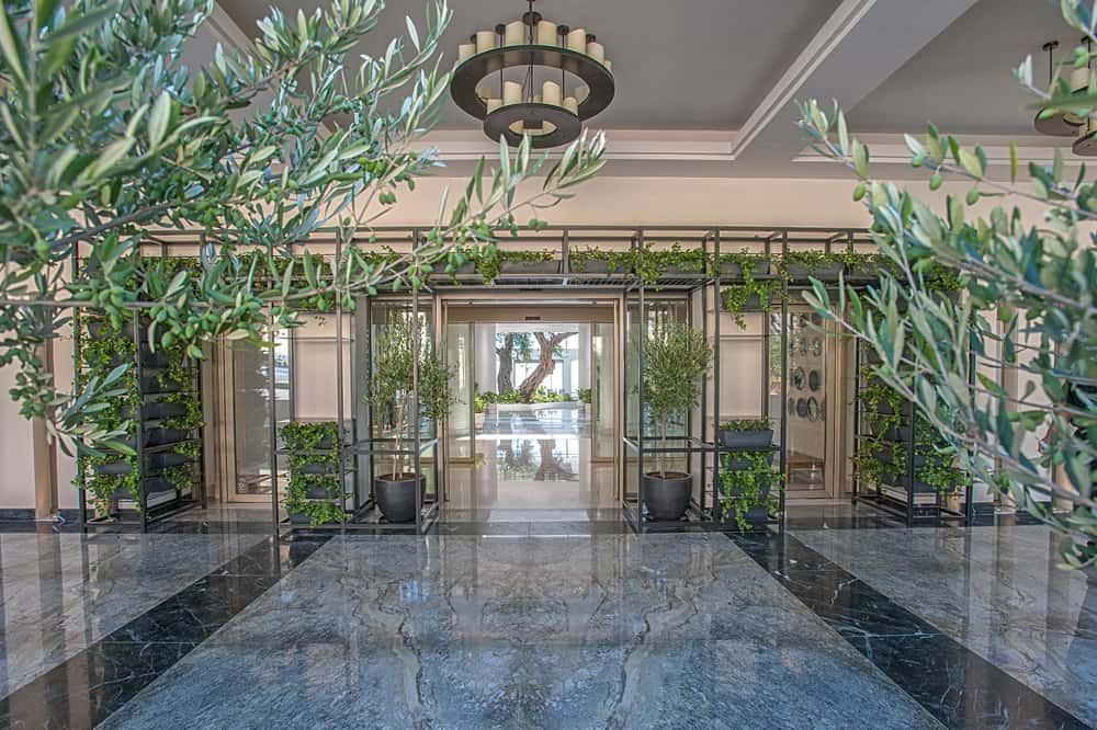_0001_Reception Entrance